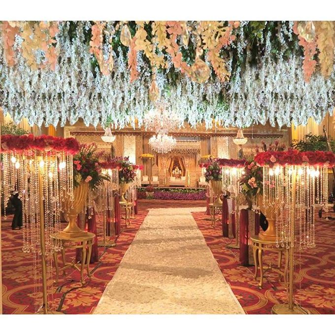 Modern Wedding of Indah and Hazieq by Watie Iskandar Wedding Decoration & Organizer - 011