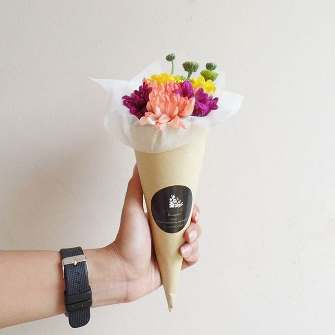 Flower Cone by LABUSHKY Bouquet - 004