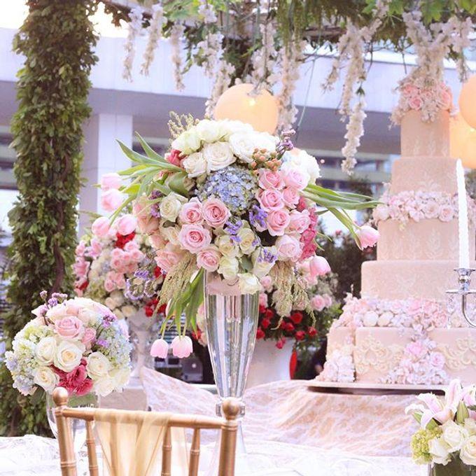 Wedding at Mandarin Oriental by Blooming Elise Flowers - 004