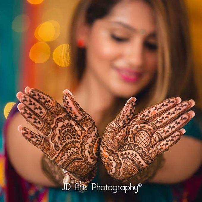 Bridal Henna - Intricate by Nakreze Mehndi - 025