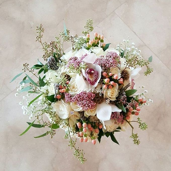 Wedding bouquet by visylviaflorist - 021