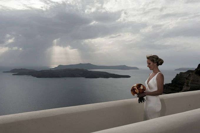 Cloudy wedding in Caldera by Santo weddings by mk - 003