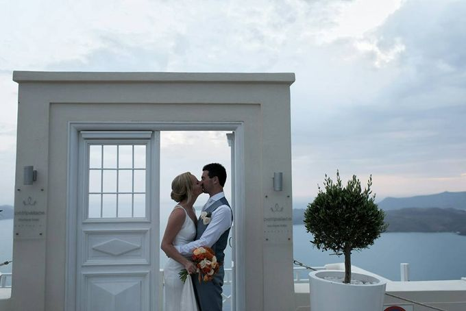 Cloudy wedding in Caldera by Santo weddings by mk - 016