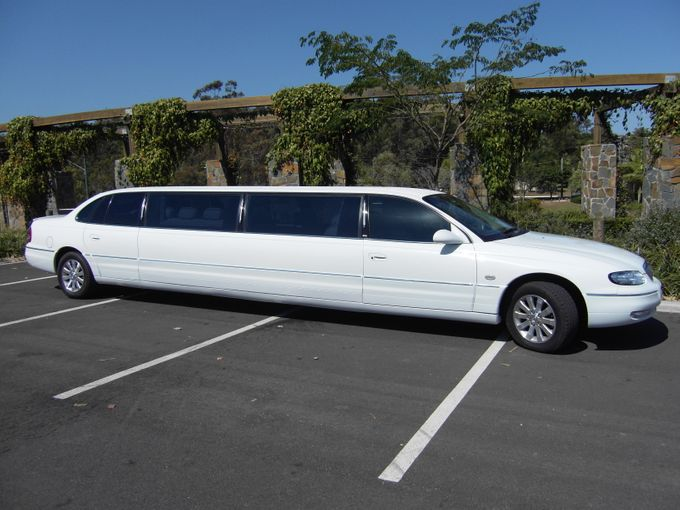 Stretch Limousines by Tic Tac Tours & Premier Limousines - 012