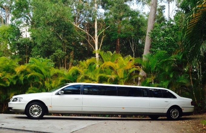 Stretch Limousines by Tic Tac Tours & Premier Limousines - 013