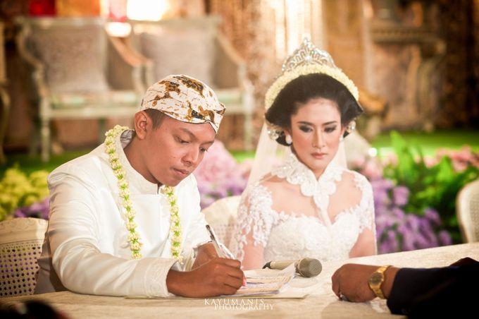 Gessa And Adjie Wedding Ceremony by D&D Professional Make Up Artist & Kebaya By Dindin Nurdiansyah - 011