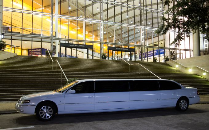 Stretch Limousines by Tic Tac Tours & Premier Limousines - 011