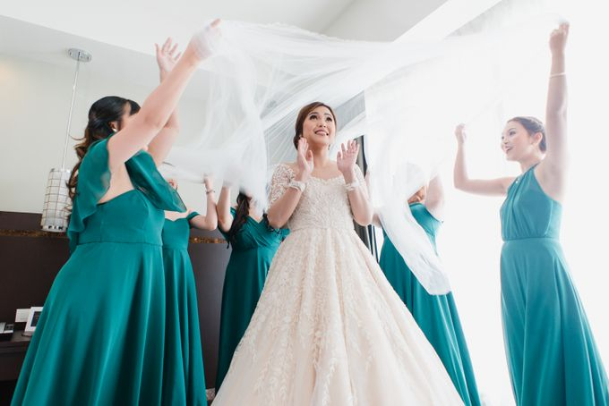 An Emerald  Green themed wedding of Phillip and Grace by Peach Frost Studio - 027