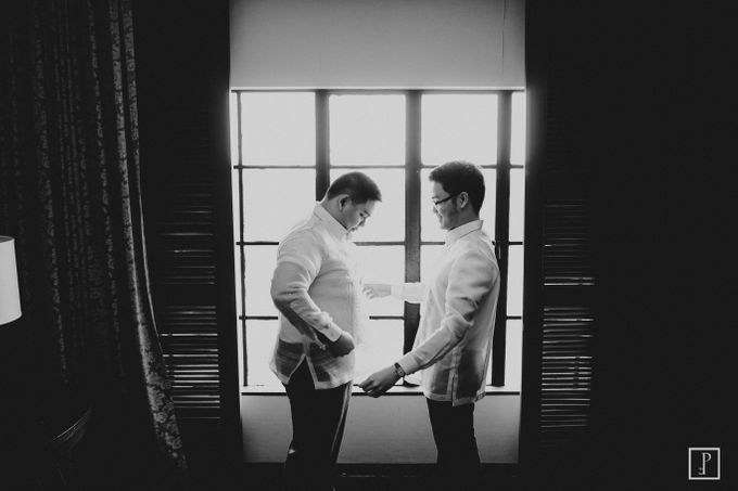 A Modern Filipiniana Wedding of Richie & Kyle by Peach Frost Studio - 015