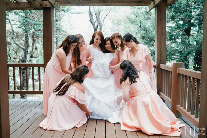 A Peach Themed Tagaytay Woodlands Wedding of Tina & Niel by Peach Frost Studio - 018