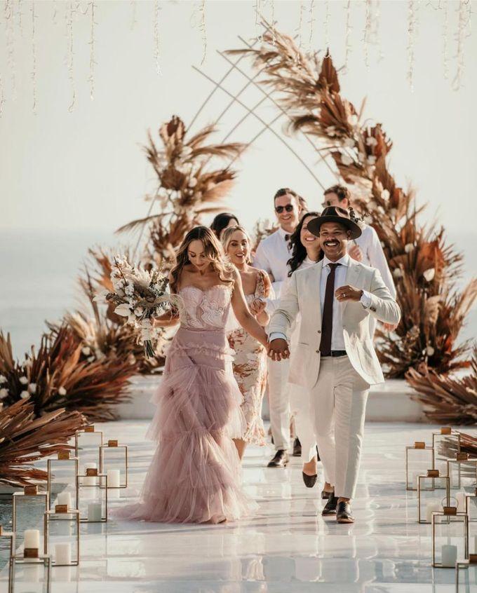 Nicole & Danielle Wedding by Debali Organizer - 002
