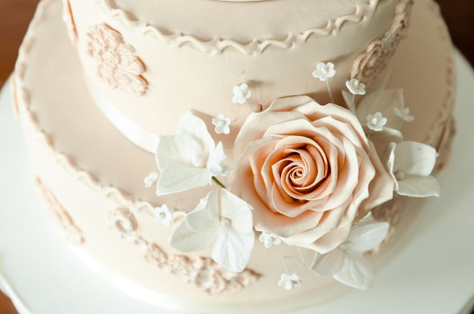 Wedding Cakes by CUPCAKES COMPANY - 001