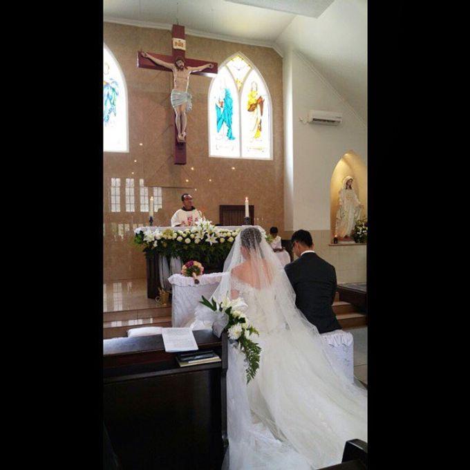 Djeffri & Steffanny Wedding by Blooming Elise Flowers - 007