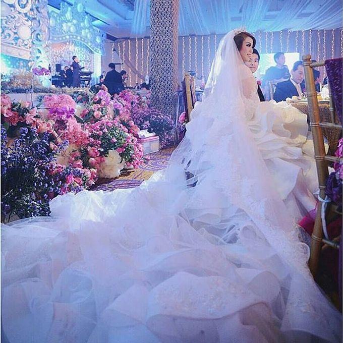 Grand Ballroom Wedding by Shangri-La Hotel, Surabaya - 014