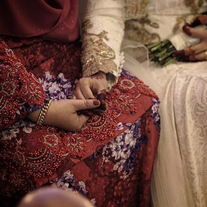 A Malay Traditional Wedding of Izzah & Firdaus by Drawn - 011
