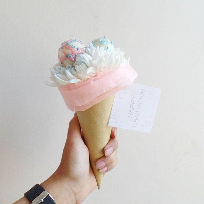 Flower Cone by LABUSHKY Bouquet - 007