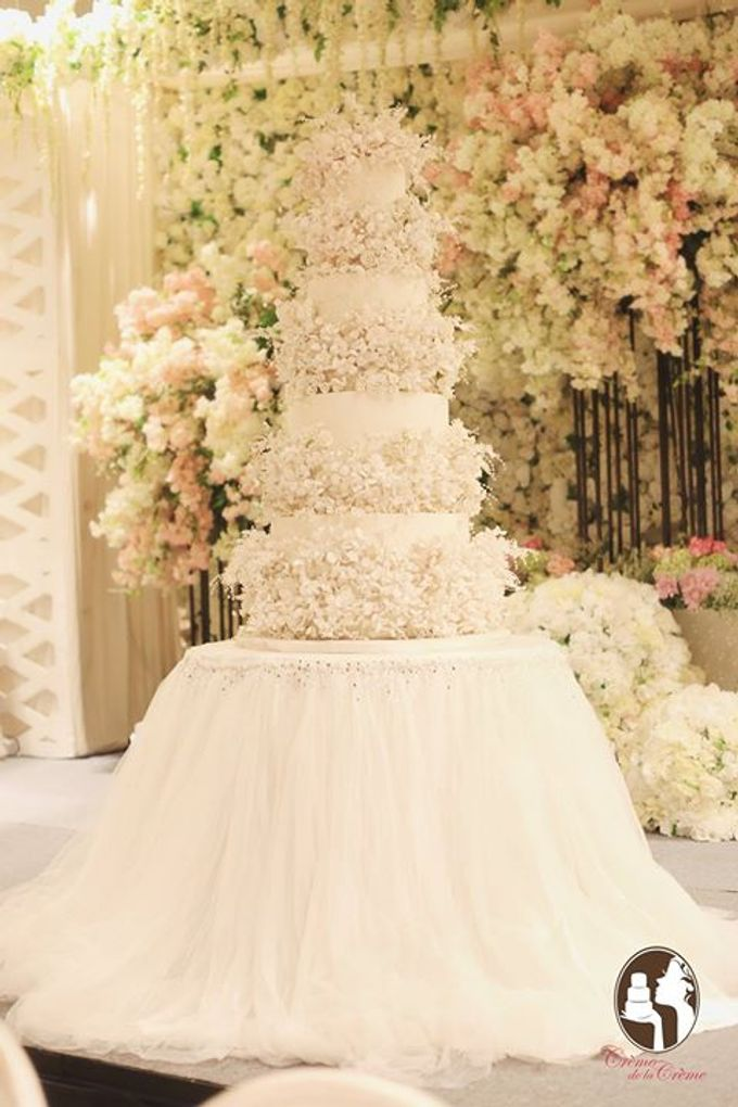 The Wedding cake of Lia & Robby by Creme de la Creme Bali - 001