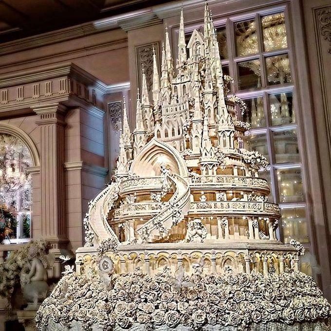 Masterpiece and Signature Wedding Cakes by LeNovelle Cake - 008