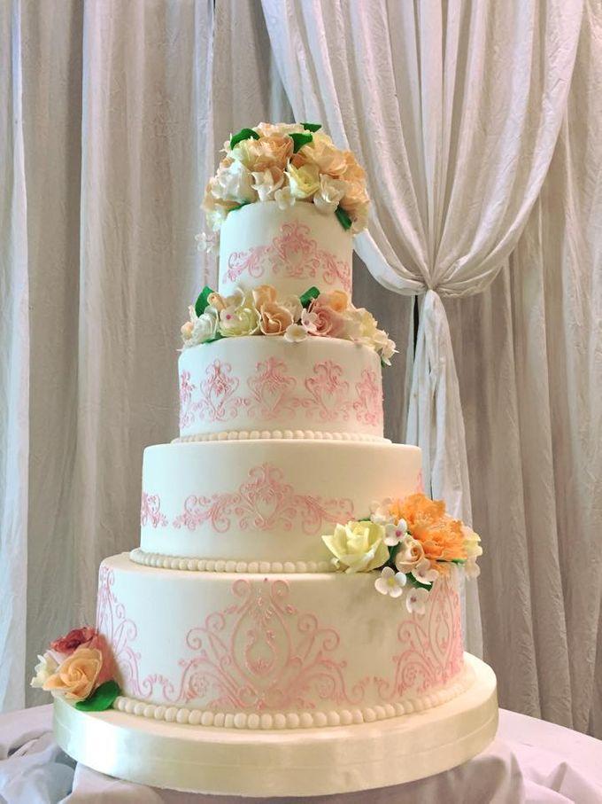 Wedding Cakes by Cupkeyk N Art - 020