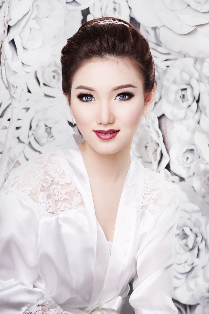 Bridal Make up Beatrice by Nelly Beauty Makeup - 001