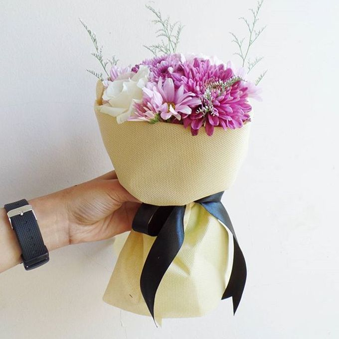 Hand Bouquet for Special Occasion by LABUSHKY Bouquet - 013
