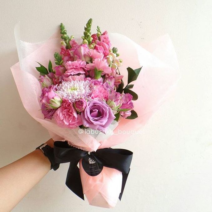 Hand Bouquet for Special Occasion by LABUSHKY Bouquet - 018