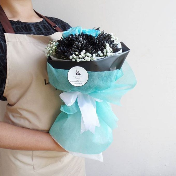 Hand Bouquet for Special Occasion by LABUSHKY Bouquet - 010