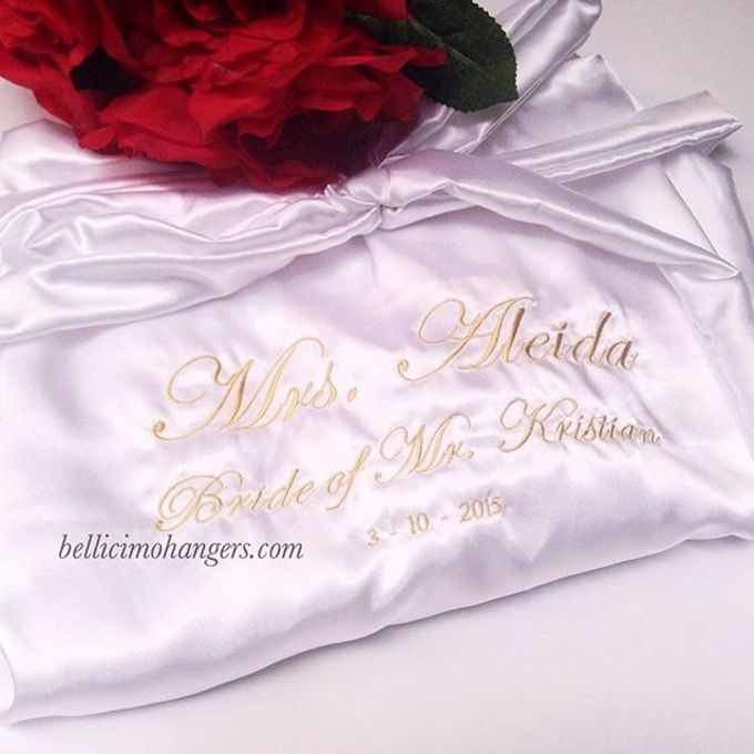 Satin Kimono Robes by Béllicimo Personalized Hanger & Favors - 009