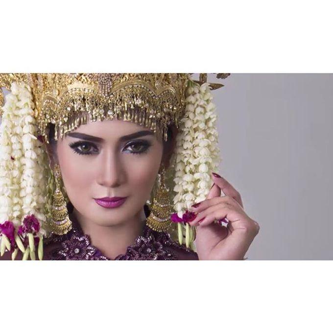 Jurnal D&D by Dindin Nurdiansyah by D&D Professional Make Up Artist & Kebaya By Dindin Nurdiansyah - 002
