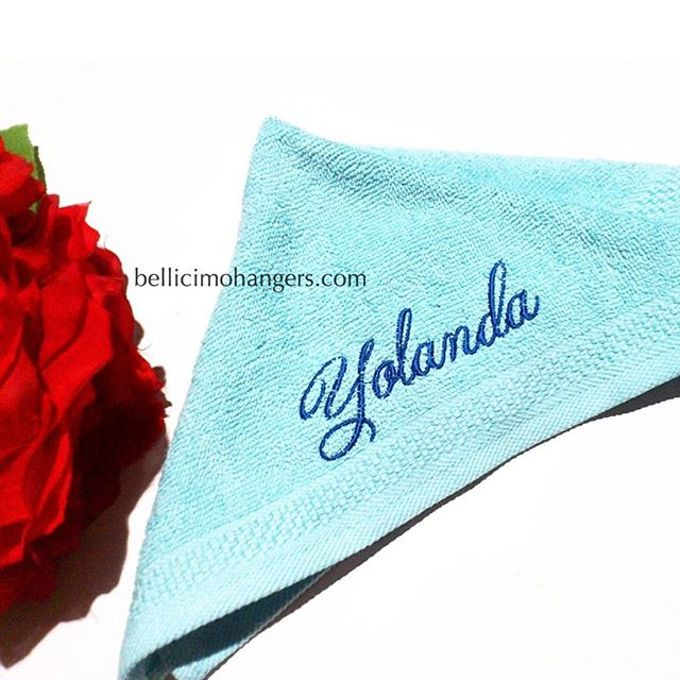 Bridesmaids Essentials - Embroidery Handkerchief by Béllicimo Personalized Hanger & Favors - 004