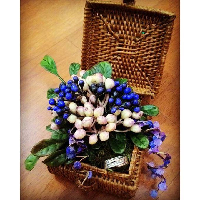 Wedding ring box by Hana Seserahan - 006