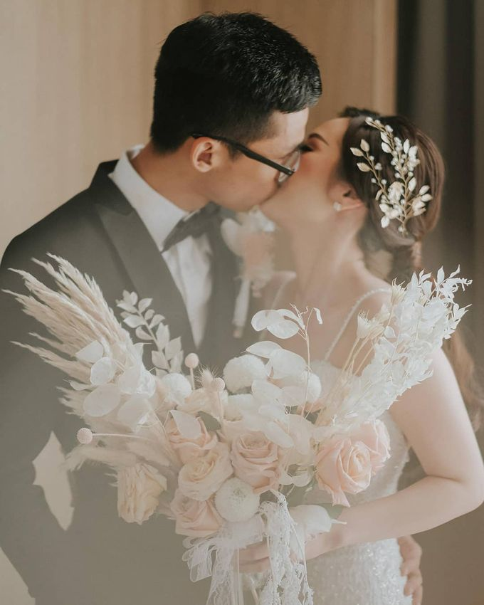The Wedding of Shandy & Sasa by Kejora Gift & Souvenir - 007