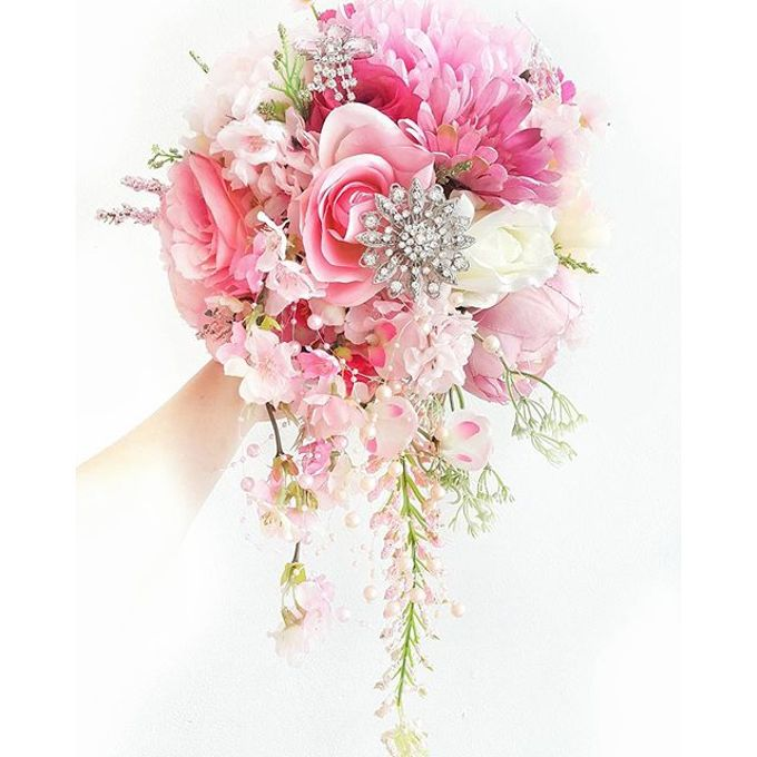 Luxurious Bouquet by LUX floral design - 031