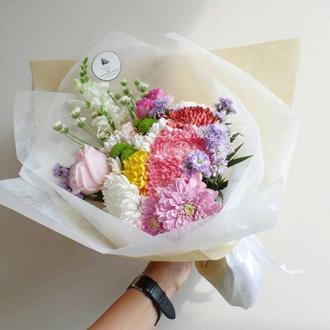 Hand Bouquet for Special Occasion by LABUSHKY Bouquet - 004