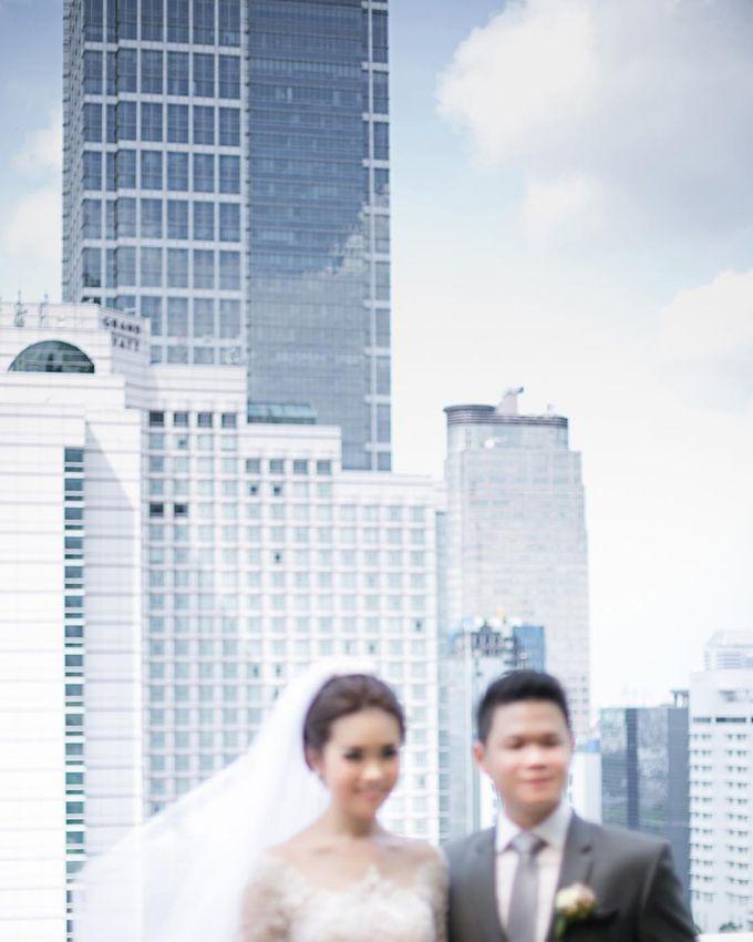 Lukman & Vylen Wedding by Imelda Hudiyono Bride - 008