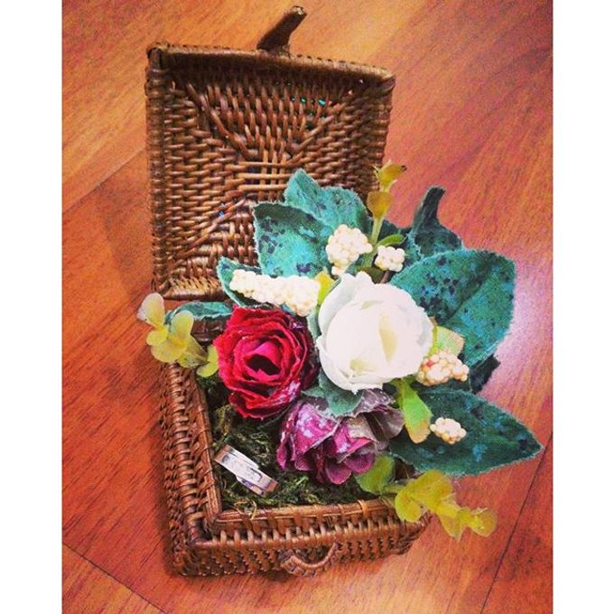 Wedding ring box by Hana Seserahan - 010