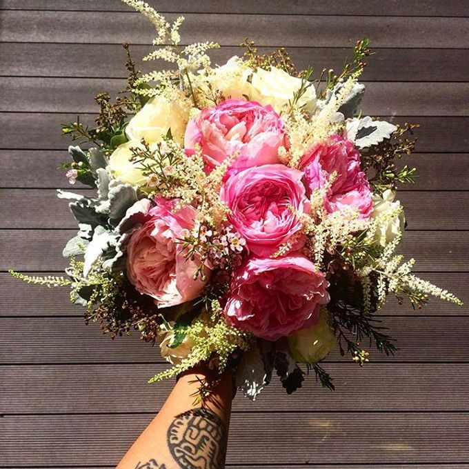 Bouquets  by Weddings by TV - 018