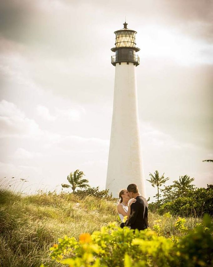 Engagement Photography in Florida by Couture Bridal Photography - 024