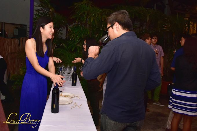 Lux Berry Blue Wine Event Launch by NOX Express - 004