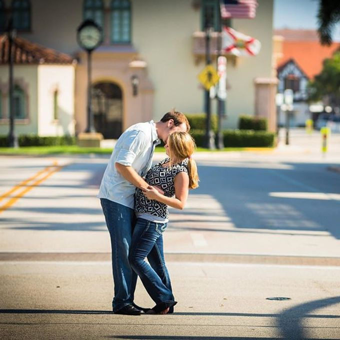 Engagement Photography in Florida by Couture Bridal Photography - 008