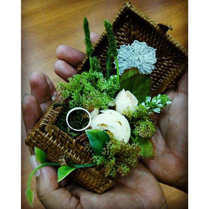 Wedding ring box by Hana Seserahan - 007