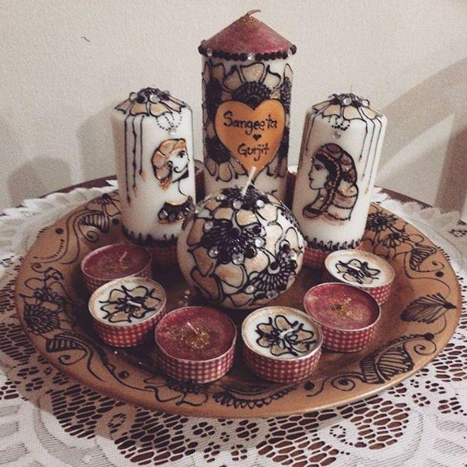 Decorative candles and canvas  by Nakreze Mehndi - 011