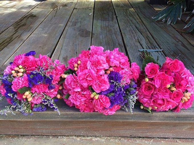Bouquets  by Weddings by TV - 020