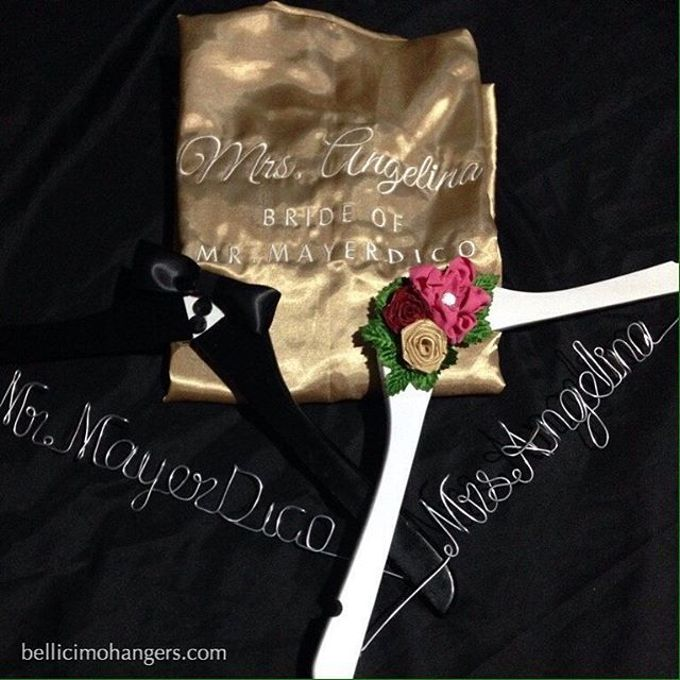 Satin Kimono Robes by Béllicimo Personalized Hanger & Favors - 001