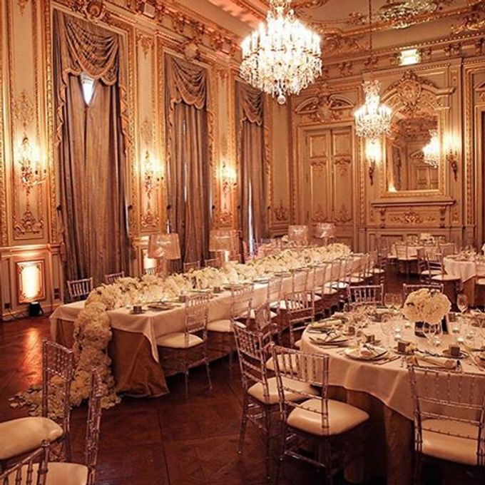 An overview of our weddings and events. by Luxe Paris Events - 020