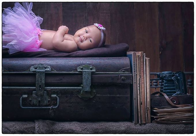 Maternity and baby photo by Vizio Photography - 017