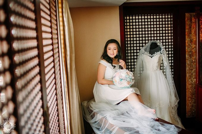 Tiffany Blue and Lace in Manila Hotel by Ruffa and Mike Photography - 013