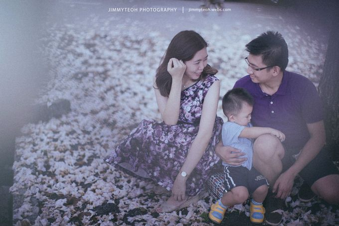 Anniversary Family Portrait by jimmyteoh photography - 006