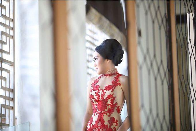 Adit & Celine Modern Ombre Wedding by Flying Bride - 018