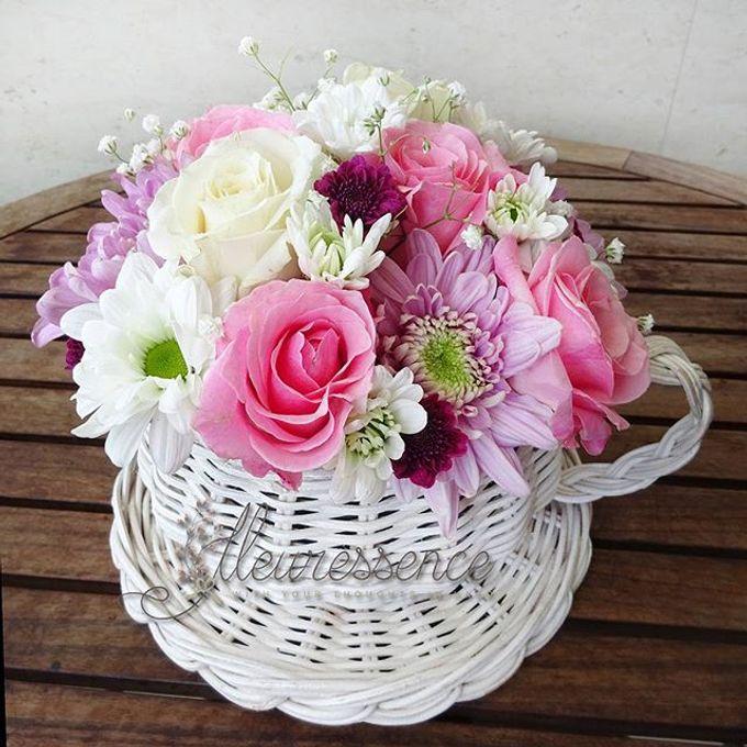 FLOWER BASKET AND VASE by Fleuressence - 001